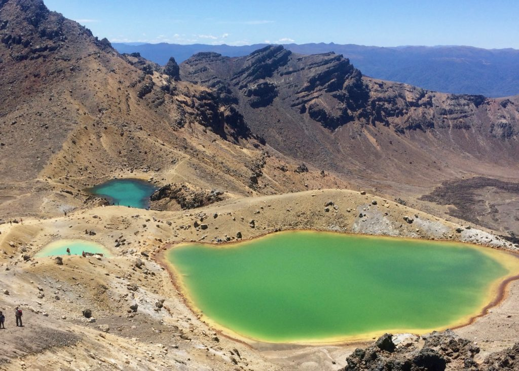 Tean reasons to visit New Zealand: Tongariro Alpine Crossing